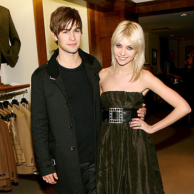 taylor-momsen-and-chace-crawfordTaylor Momsen And Chace Crawford Gif