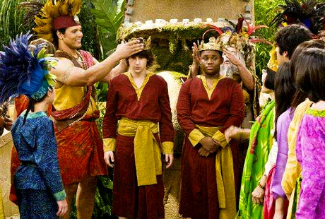 new disney channel show pair of kings marylynn12 s blog